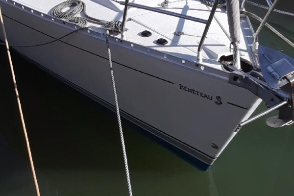 hull cleaning at clearwater municipal marina beneteau
