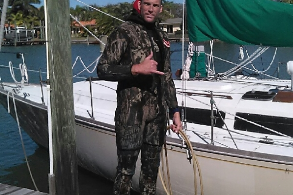 boat bottom cleaning in pinellas florida